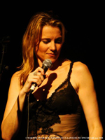 Lucy Lawless London 2008 concert