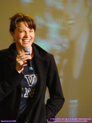 Lucy Lawless - Xena Con Lax 2010